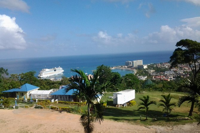 Private City and Scenic Tour from Ocho Rios