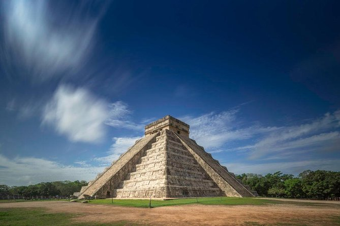VIP Tour to Chichén Itzá Valladolid and Cenote suytun in one full day tour