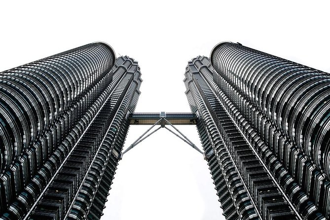 Full-Day Kuala Lumpur 20 Attractions City Tour with Petronas Twin Tower Tickets
