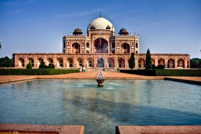 4 Nights 5 Days Golden Triangle Tour (DELHI-AGRA-JAIPUR-DELHI)