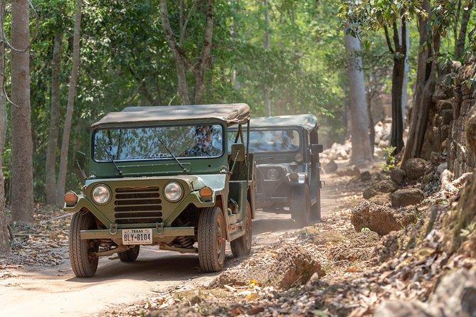 Grand Circuit & Banteay Srei Jeep Tour