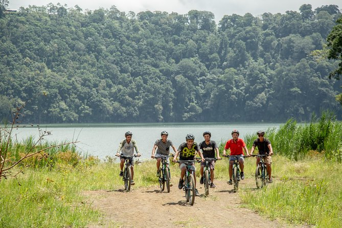 Bali: Uncover Secret of Tamblingan Lake by Bike