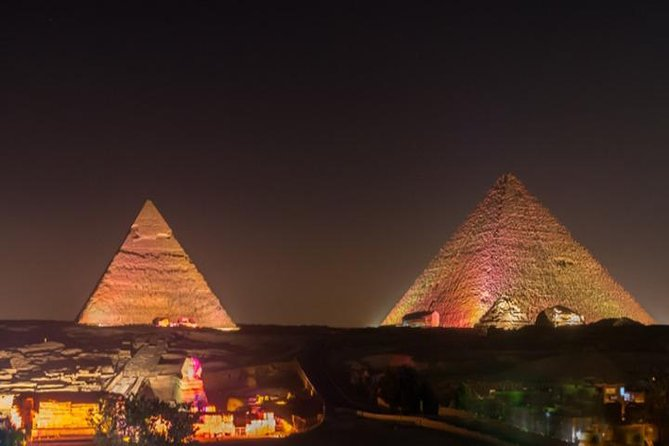 Great Pyramid Inn Dinner With Pyramids View photo 1