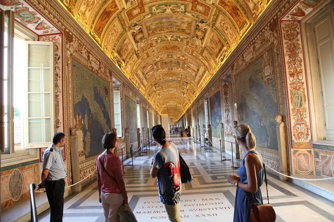 Vatican Museums, Sistine Chapel,Raphael Rooms Tour after hours skip the line