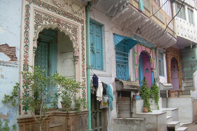 Old Delhi Sacred Spots & Savouring tours