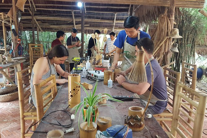 Basket boat, sightseeing, bamboo class