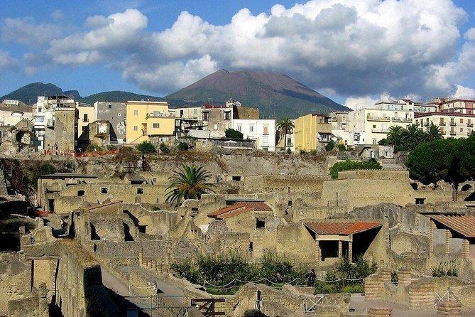 Excursion to Pompeii, Herculaneum and Vesuvius