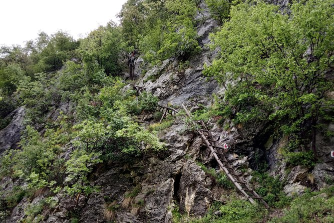Remote Villages Hiking, Private Tour from Timisoara