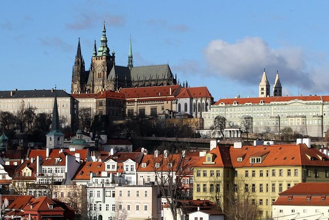 5 days private sightseeing tour from Budapest to Prague