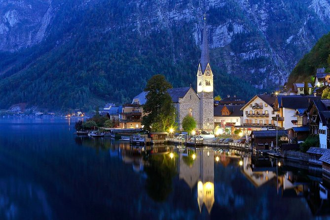 Private Transfer from Prague to Salzburg with 1 hour Stop in Hallstatt
