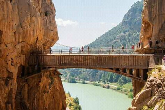 Full-Day Guided Tour of Caminito del Rey with Lunch