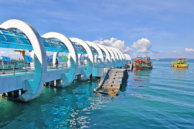 Koh Samed Islands Full Day Tour by Luxury Boat from Pattaya with Lunch