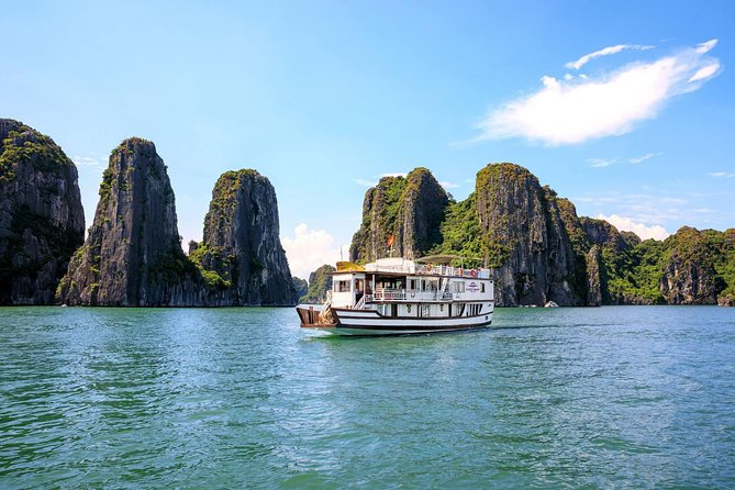 Airport drop-off with Halong bay cruise