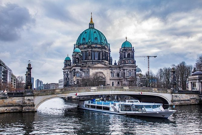 Private 5-hour Walking Tour of Berlin's Greatest Stories