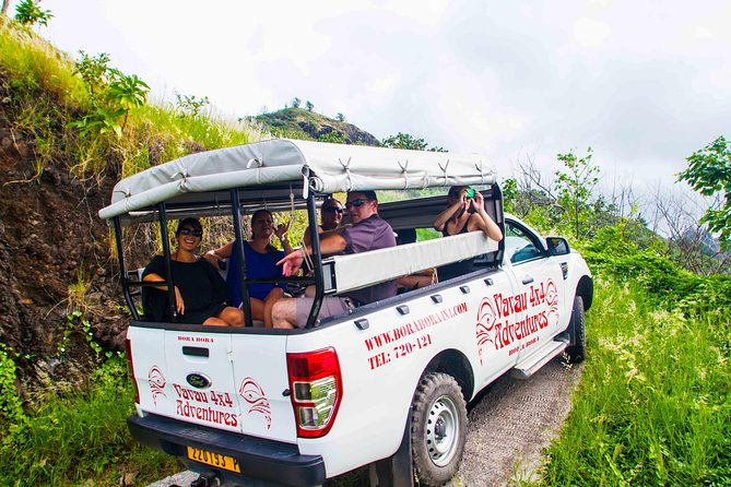 Bora Bora: Cultural Island Day Tour by 4WD with Lunch on a Private Island