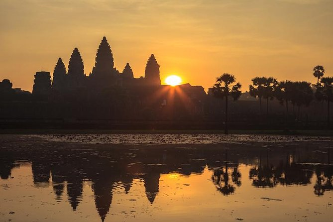 One day Angkor Wat sunrise with Lunch