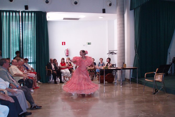 """""""Sevillanas"""". Dance that like a Andalusian"""