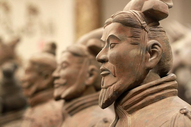 Xi'an One-Day Group Tour to Terracotta Army and Horses with Chinese Lunch