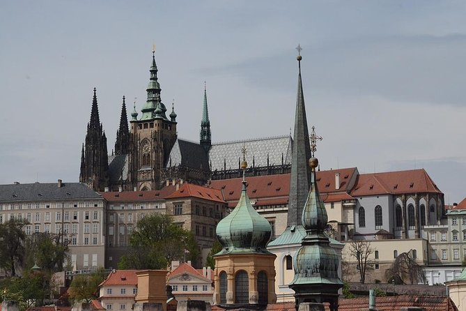 Tour of the Castle and the district of Malá Strana