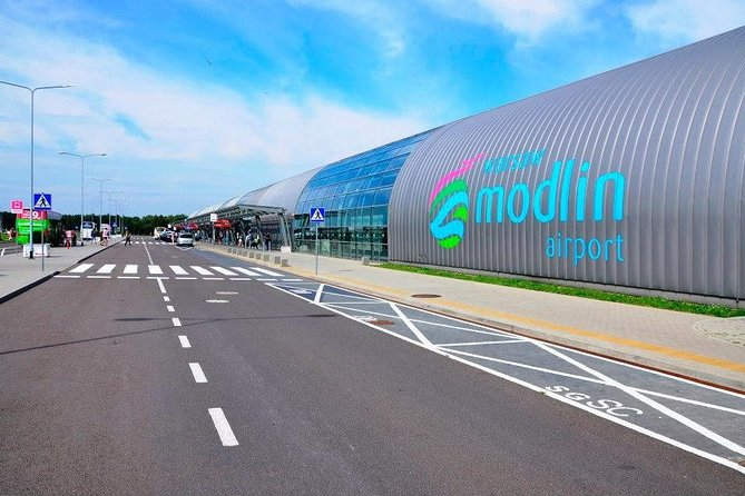 Private Warsaw Modlin Airport Round-Trip Transfer