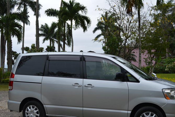 (Roundtrip) Private Airport Transfer to Hotels in Montego Bay