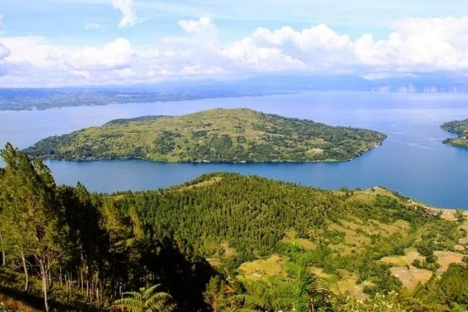 3-Days Lake Toba & Brastagi Highland From Medan City or From Kuala Namu airport