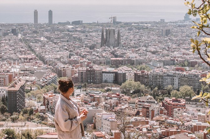 Instagram Tour: Park Guell & Best Views