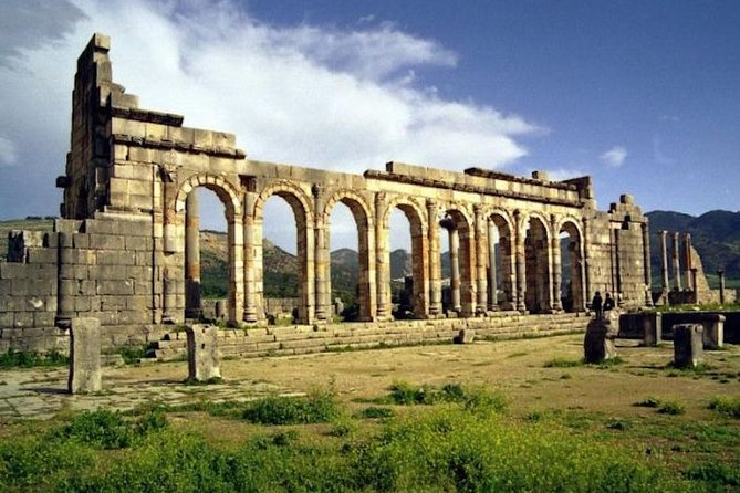 fez volubilis and meknes day trip