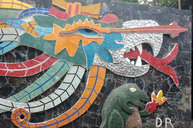 Small-Group or Private All Inclusive Half Day City Tour with Lunch & Divers