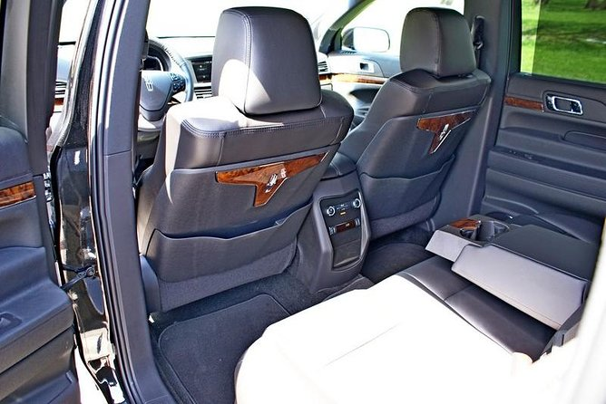 Downtown Chicago To Midway Airport - Luxury Private Sedan, All Inclusive