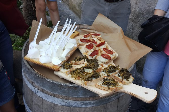 Street Food Tour of Naples with City Sightseeing and Top-Rated Local Guide