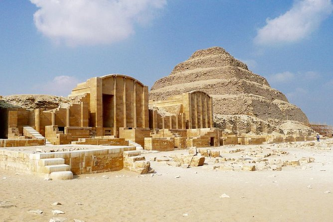 Private Half-Day Tour to Memphis & Sakkara