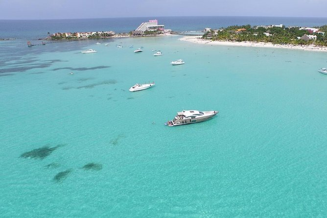 Spectacular Day Trip Catamaran Isla mujeres Unlimited from Cancun