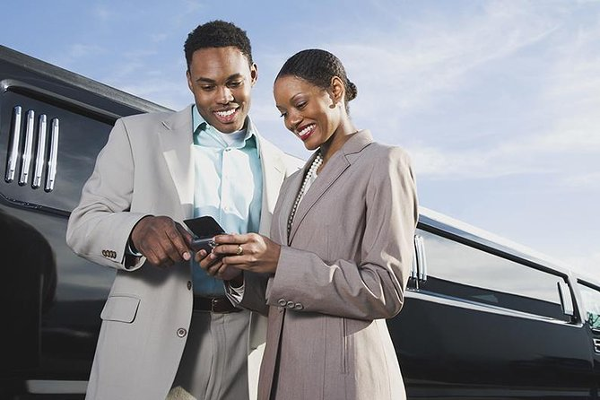 Airport Transfer - Round Trip to or from Your Hotel
