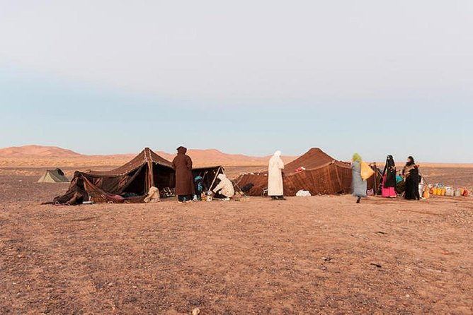 2 Hours by 4x4 in Merzouga Region,Visit The Nomads,Gnawa Music.Panoramique View,
