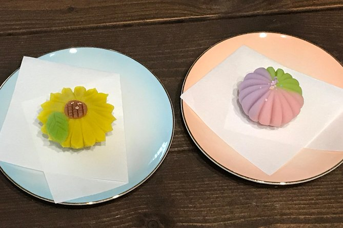 Tokyo Wagashi-Making Class with Tea photo 6