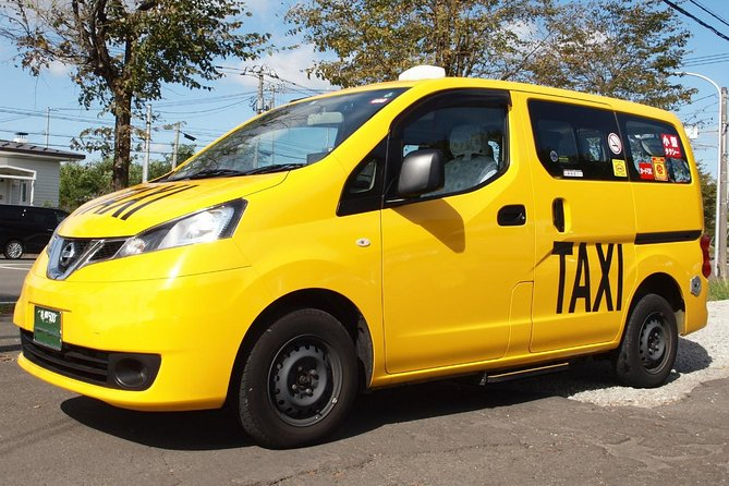 Private Transfer - Niseko to CTS Airport (9-seater) Legal Driver Guaranteed