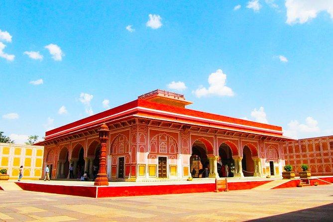 Jaipur Overnight Tour from Agra