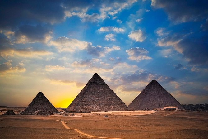 2 Days Discovering Giza Pyramids and super safari around Pyramids