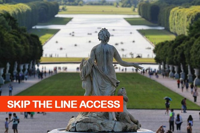 Versailles Day Tour with Fast Entrance Ticket, Audio Guide & Gardens from Paris