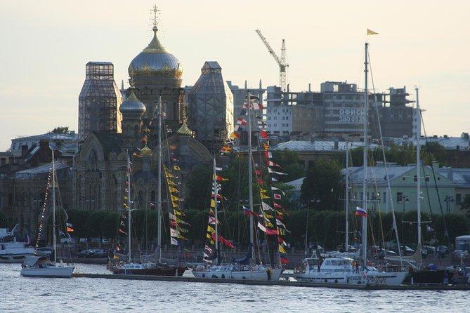 Saint-Petersburg walking tour in Hindi