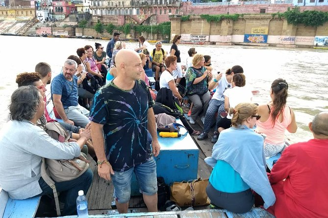 Subah-E-Benaras Experience with Experiential Boat Tour!!