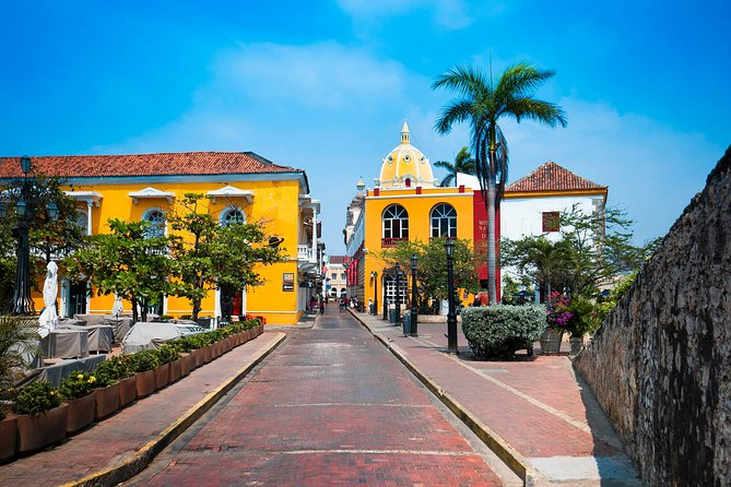 Cartagena Deluxe - Private City Tour Experience