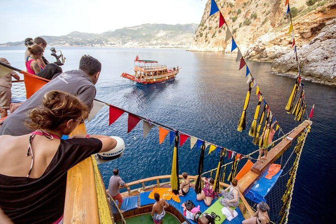 Alanya All Inclusive Pirates Boat Trip photo 2