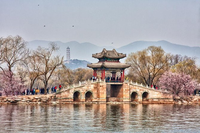 Beijing Summer Palace Private English-Speaking Guide