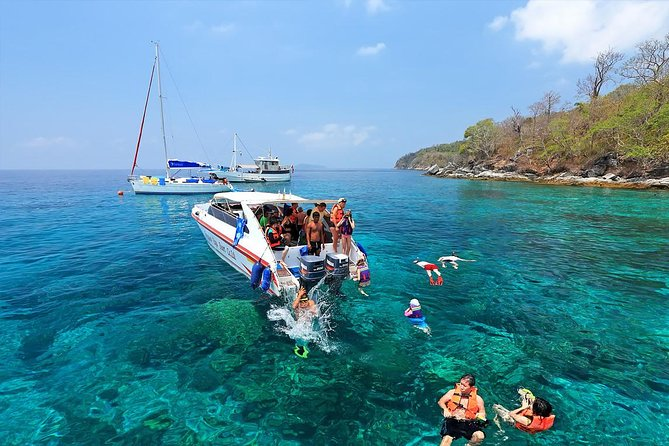 Raya Island Tour by Speed Boat from Phuket