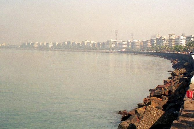 Explore Mumbai like a Local - Full Day Sightseeing Tour