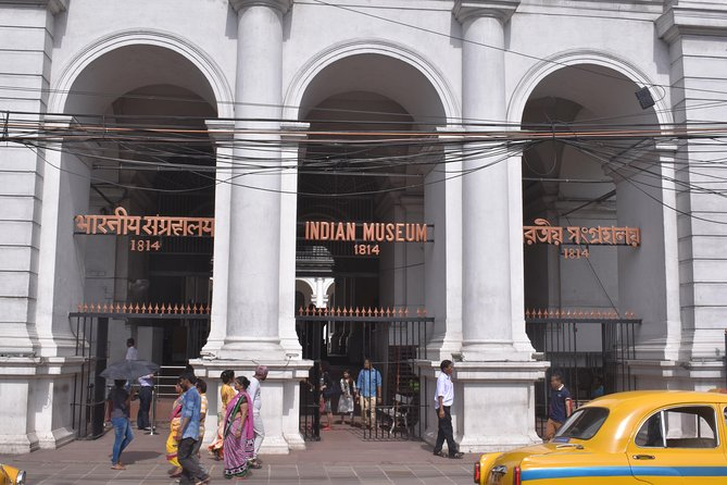 Indian Museum Guided Tour (Including surrounding area)