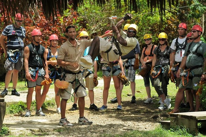 Adventure Bundle: Monkeyland, Ziplines & Buggies Punta Cana