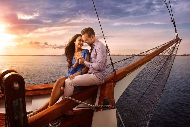 Amazing Romantic Dinner In Cancun On A Spanish Galeon The Best Sunset Activity